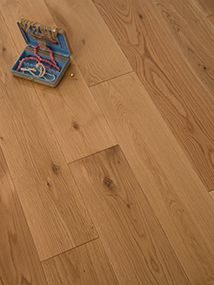 NATURE 150MM SOLID OAK  RUSTIC LACQUERED